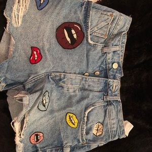Zara High-Waisted Mom Shorts with Lip Patches
